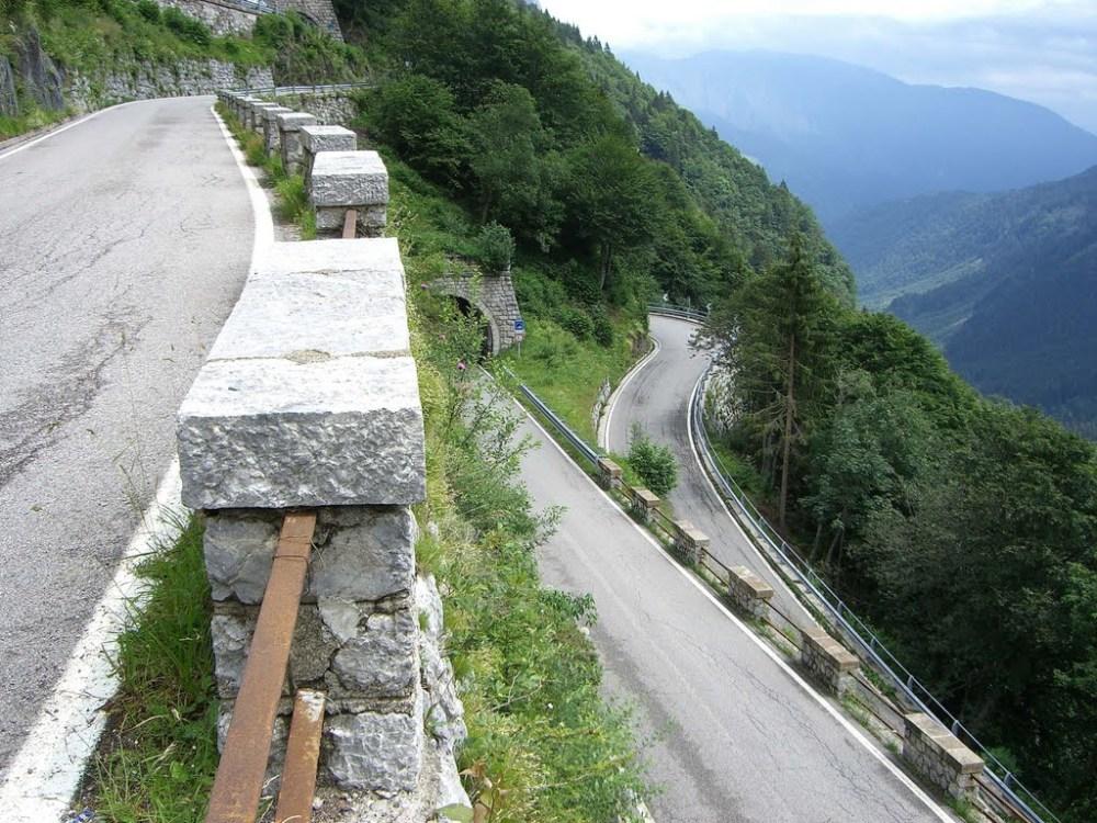 Austria_Mountain_PlockenPass1_roads2drive